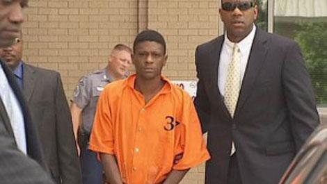lil boosie caught sneeking drugs in jail