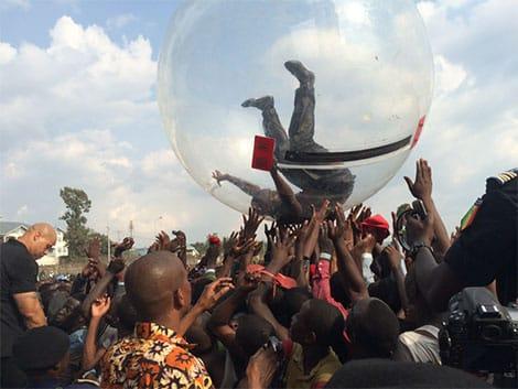 Akon Bubble